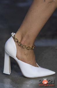 Туфли с цепями - тренд зимы 2020-2021