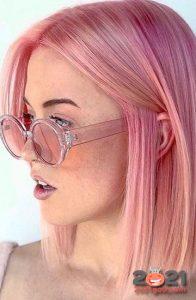 Модный розовый цвет волос на 2021 год