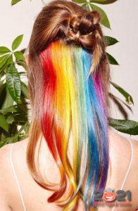 Радуга в волосах - тренды окрашивания на 2021 год