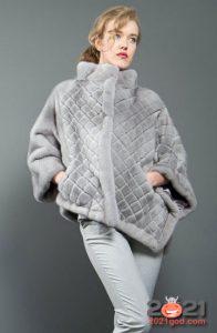 Модное асимметричное пончо из стриженой норки на 2021 год