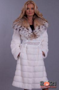 Белая шуба - модный тренд 2021 год