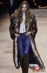 Модные шубы сезона осень-зима 2020-2021 года с длинным ворсом
