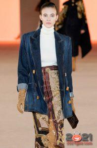 Удлиненная джинсовая куртка на 2021 год