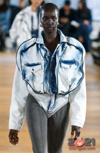 Модная джинсовая куртка осень-зима 2020-2021