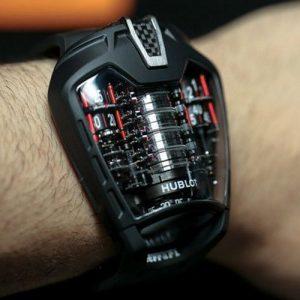 Статусный хронометр в подарок мужчине на Новый Год 2021