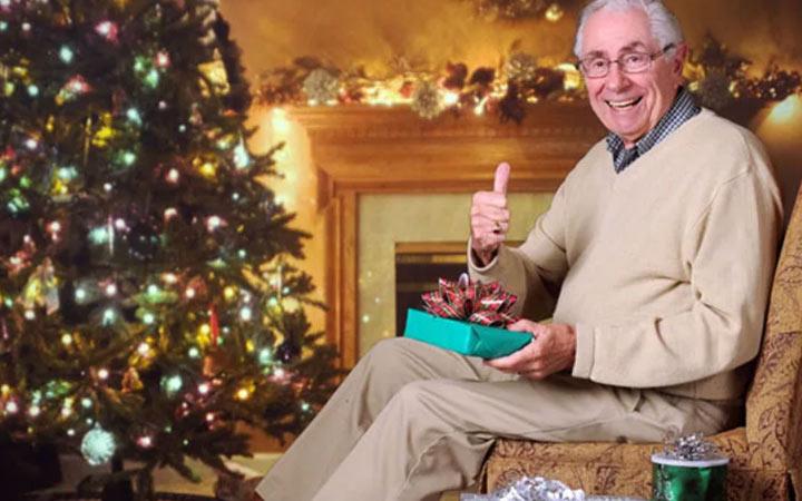 Что подарить пожилому мужчине на Новый Год 2021