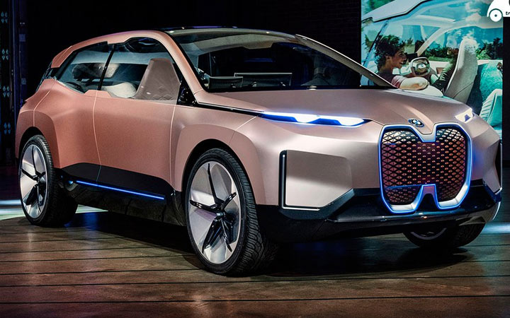 BMW Vision iNext 2021 года