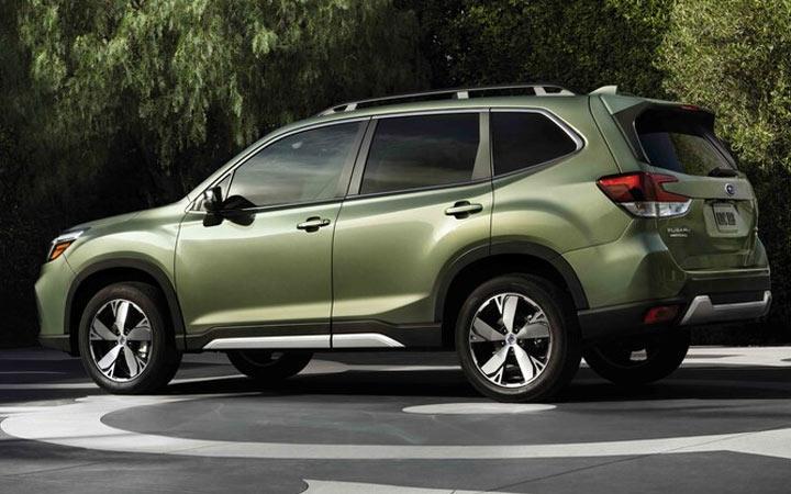 Гибридный Subaru Forester 2020-2021 года