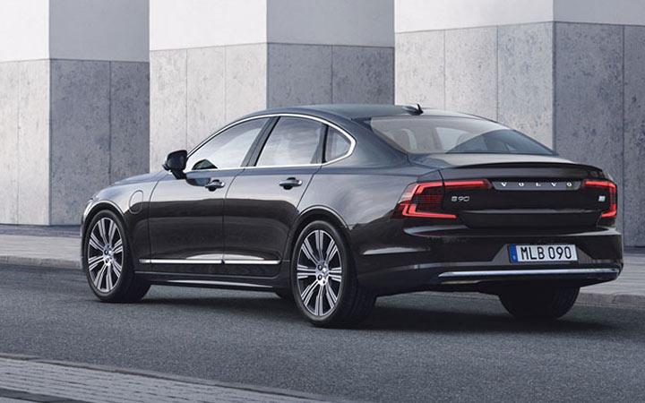 Седан Volvo S90 и другие новинки 2020-2021 года