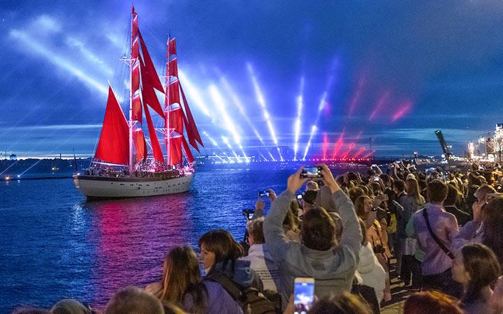 Когда состоится праздник Алые паруса в Санкт-Петербурге в 2021 году