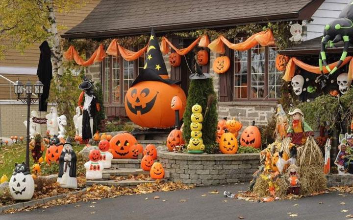 Украшение дома на Halloween в 2021 году