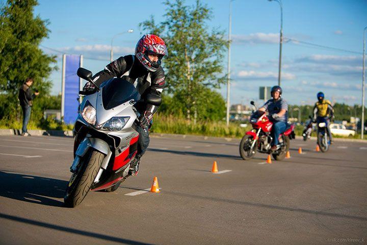 Практика вождения мотоцикла