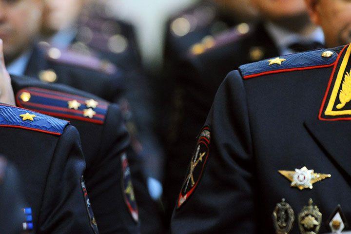 Офицеры МВД