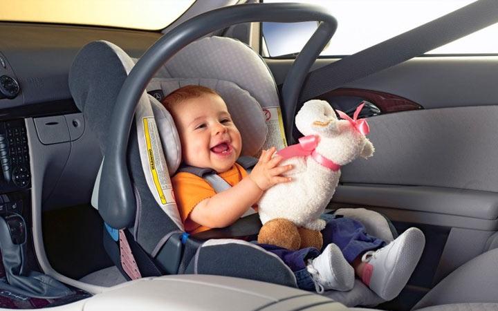Как переводить в автомобиле маленького ребенка в 2021 году