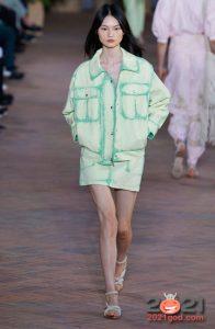 Модный джинсовый образ весна-лето 2021