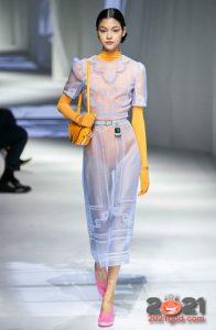 Модные прозрачные многослойные образы весна-лето 2021